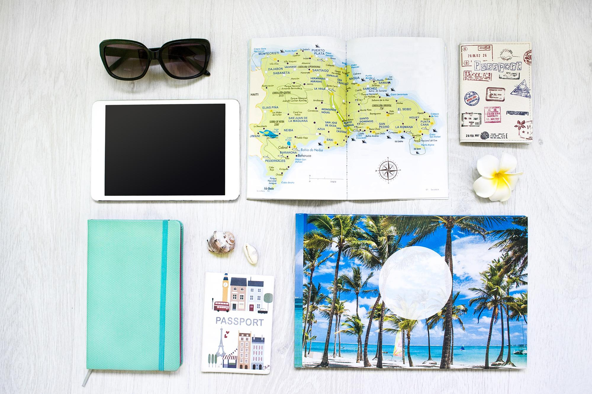 What's in my bag – Travel Edition